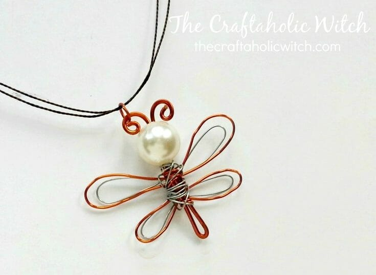 Create Simple & Cute Dragonfly Pendant
