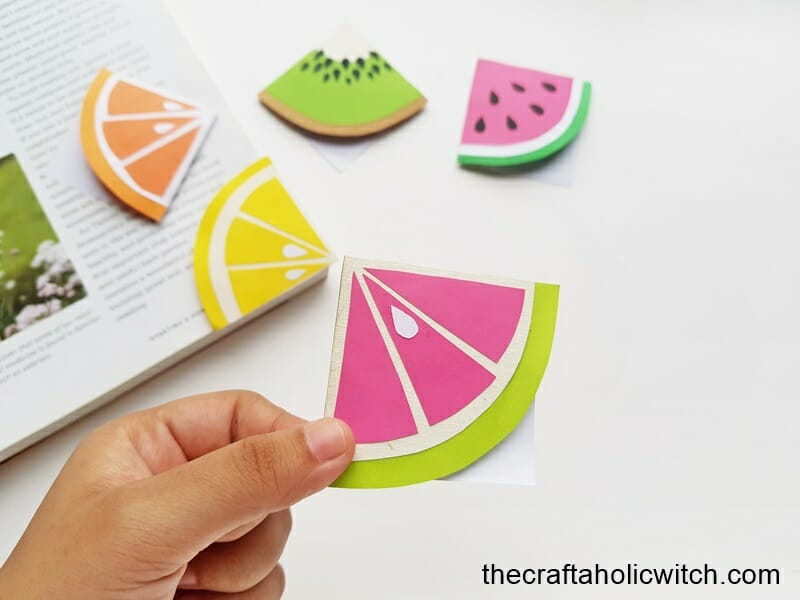 fun summer fruit bookmarks
