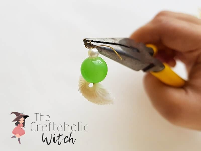 Adding the bead